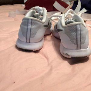 Nike Shoes - BOGO 🦃 Nike Flex Contact Tennis Shoes